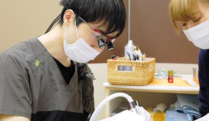 患者さんに優しい、可能な限り「痛みを抑えた」歯科治療