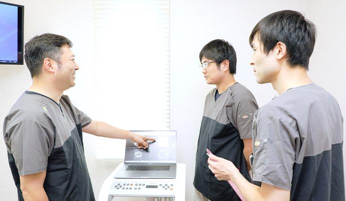 選ばれる理由2:機器を活用したしっかり行う診査診断